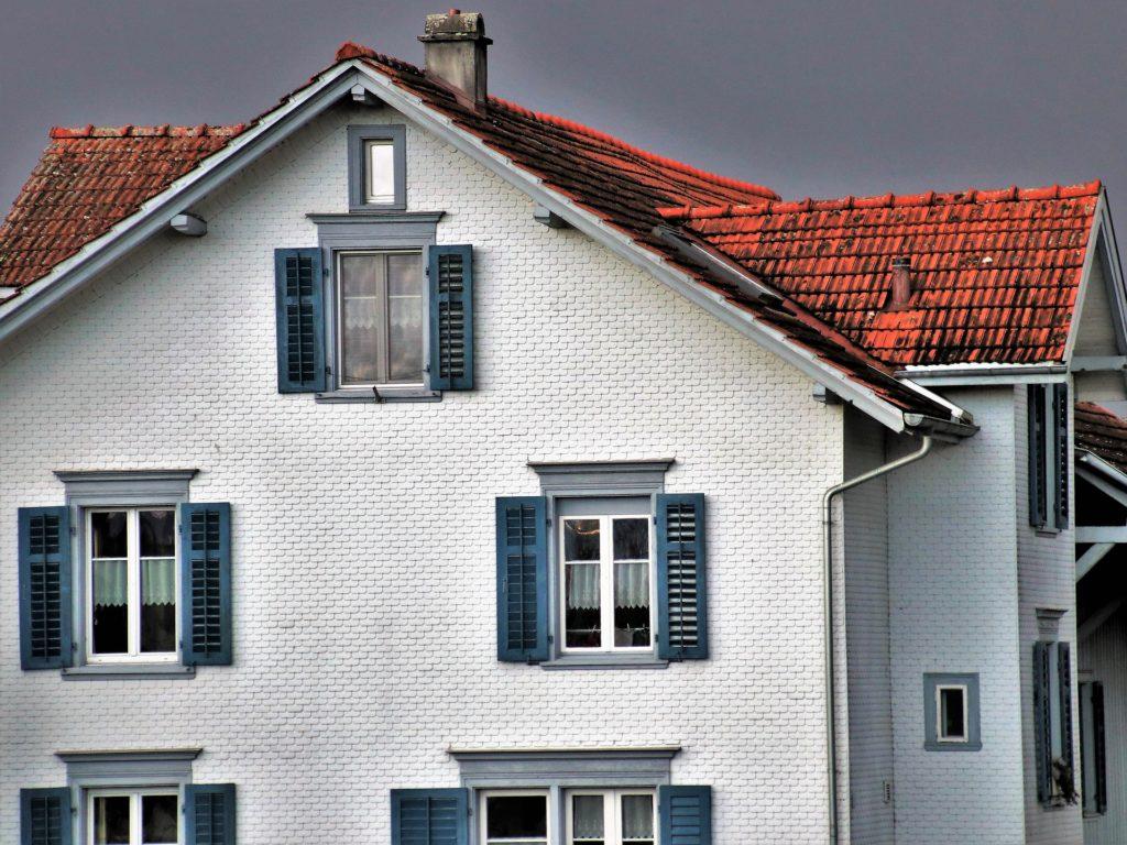 Skup udziałów w nieruchomościach